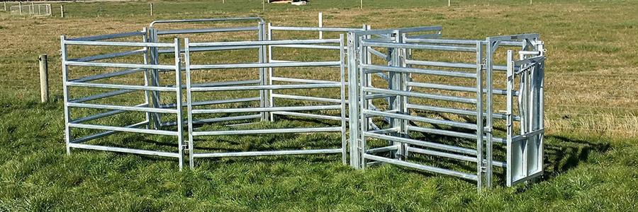 SALE! 7 Rails Heavy Duty Cattle Yard Panel